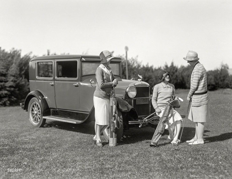 Model Tee: 1928