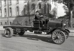 Naked Truck: 1919