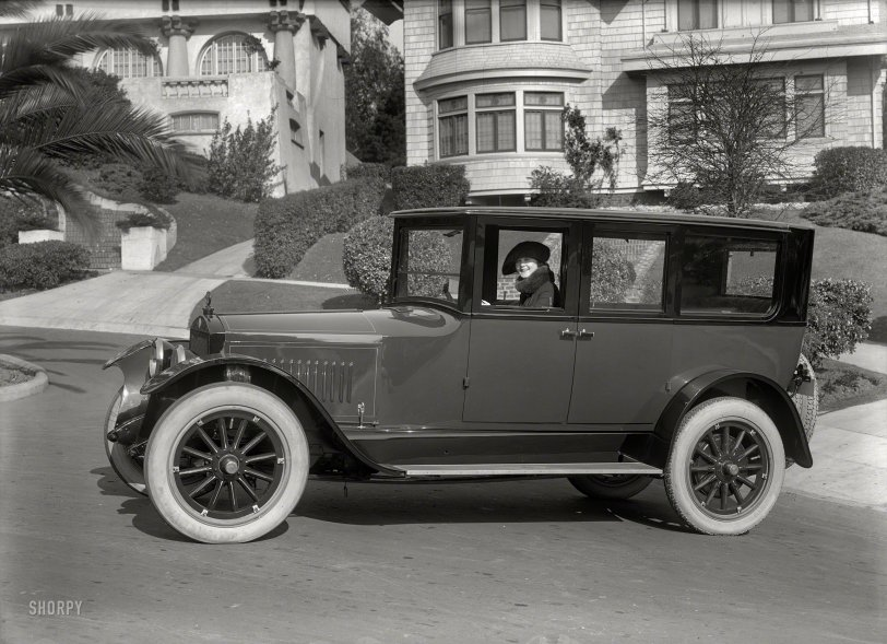 Eight Belle: 1921