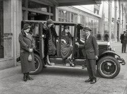Sidewalk Star: 1924