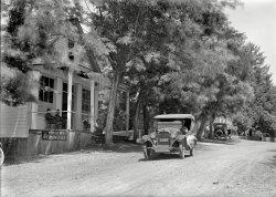 Bud Dry: 1924