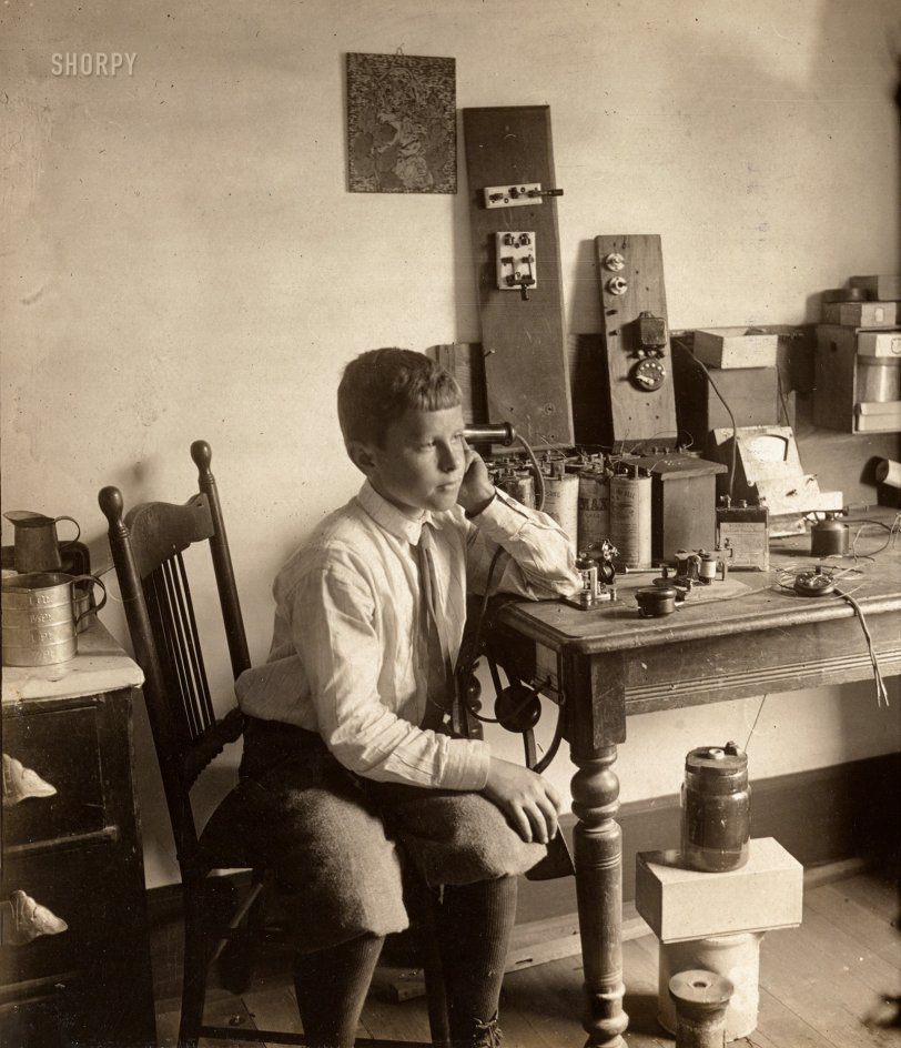 The Spirit of Radio: 1909
