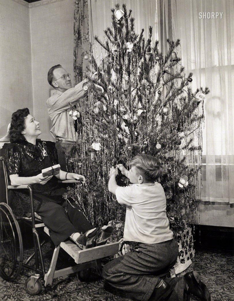 Noel, Iola: 1944