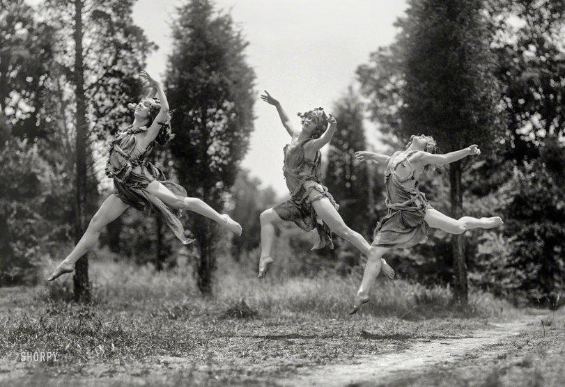 Jeté-Propelled: 1925