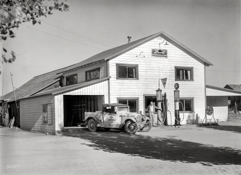 Red Crown Gasoline: 1927