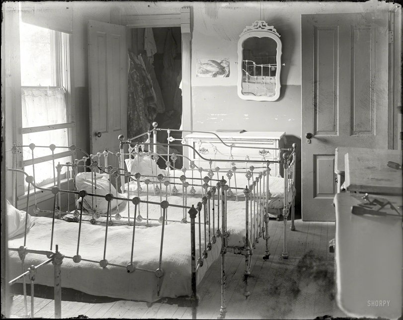 The Nursery: 1915
