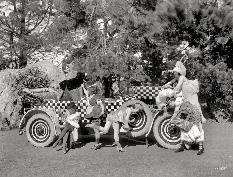 Comedy of Motors: 1925