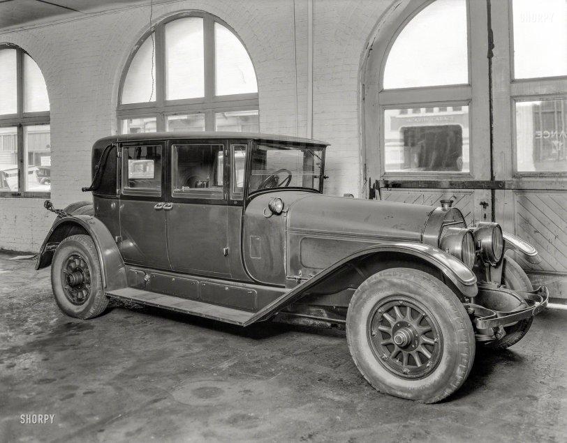Road Locomotive: 1930