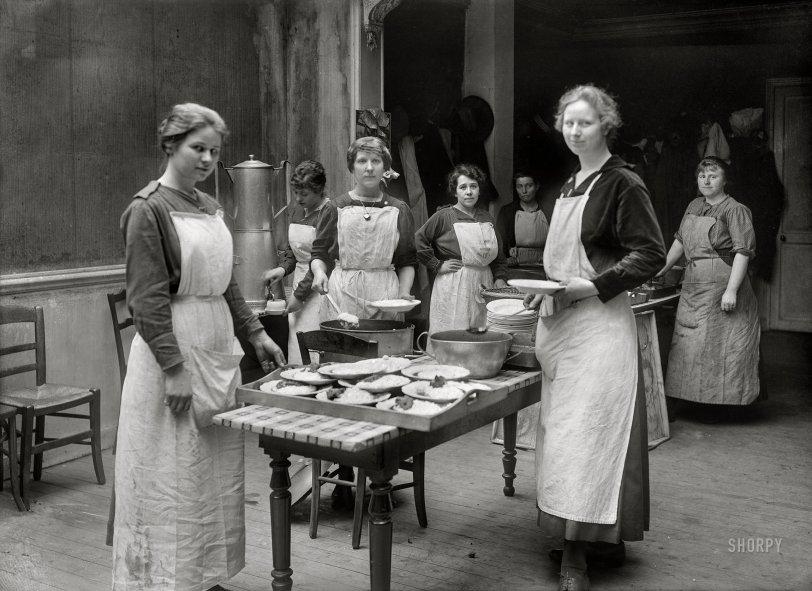 Kitchen Aid: 1918