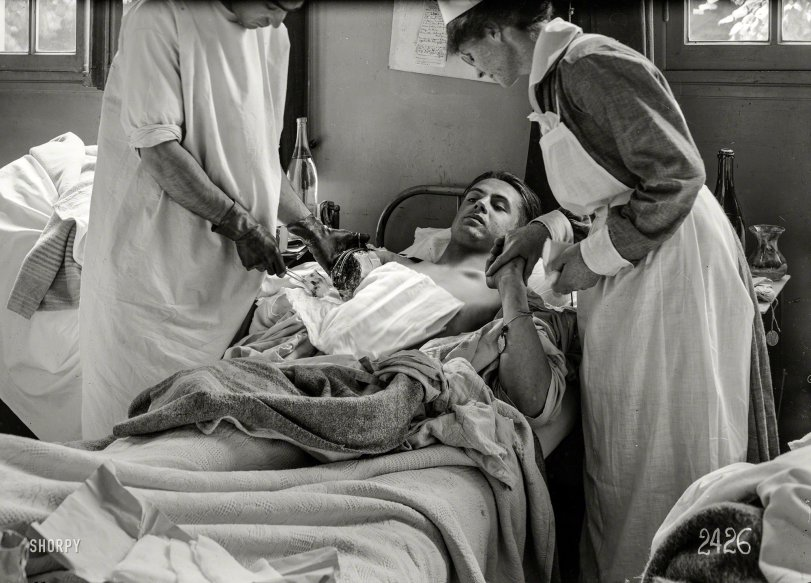 Dressing the Wound: 1918