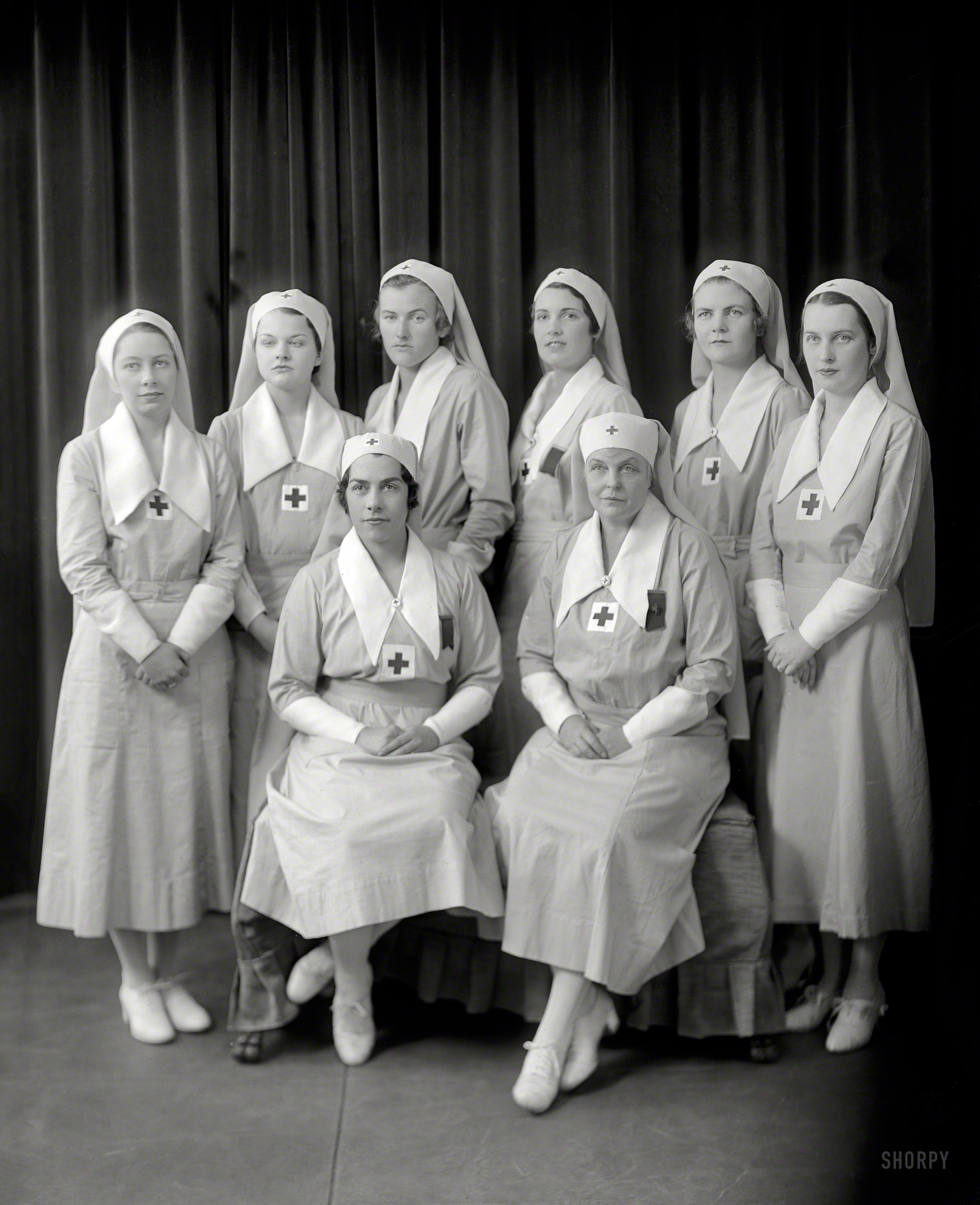 Shorpy Historic Picture Archive Eight Nurses 1920s