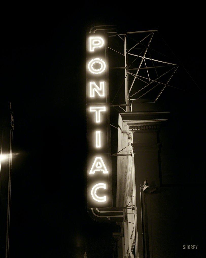 Pontiac Noir: 1948