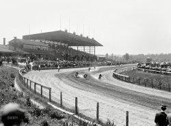 Dirt Track Daredevils: 1912