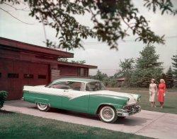 Ford Fairlane: 1956