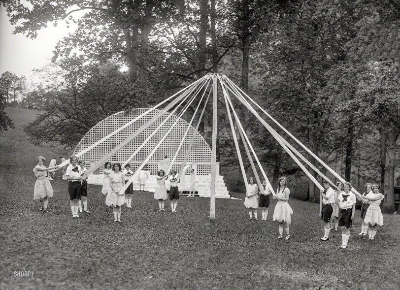 May Day: 1927