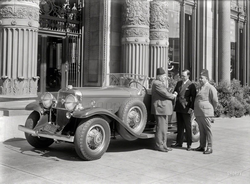Cadillac Caliphs: 1932