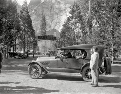 Grand Exit: 1920