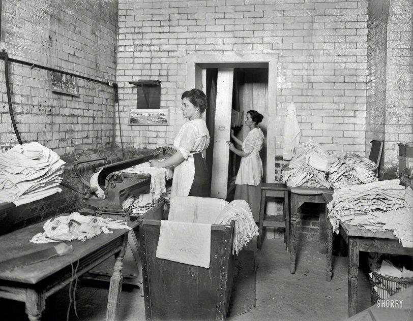 Library Laundry: 1920