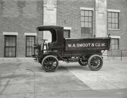 Smoot Hauler: 1920