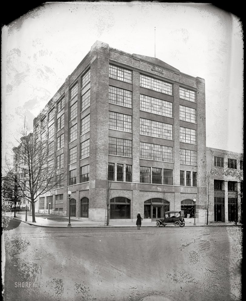 The Buick Building: 1921
