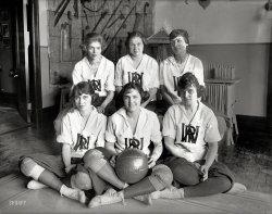 Six Shooters: 1921
