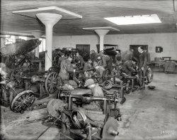 Auto School: 1921