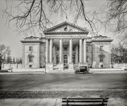 Continental Hall: 1924