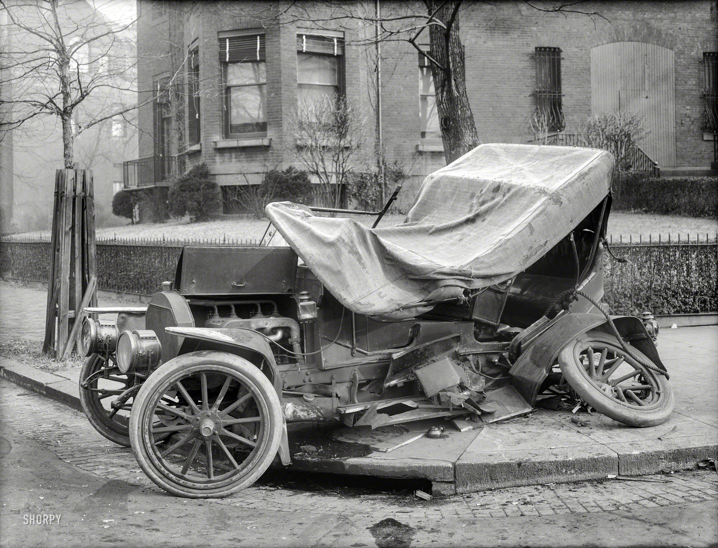 Shorpy historic picture archive smash hit 1917 high for Washington dc department of motor vehicles