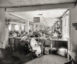 Cyber Monday: 1924