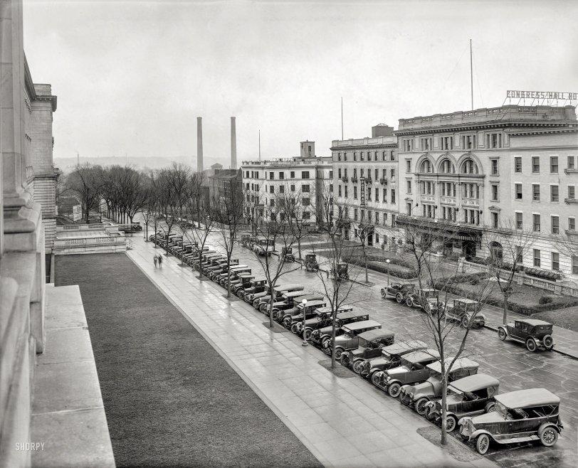 Washington Sleeps Here: 1922