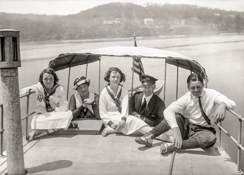 Family Outing: 1921
