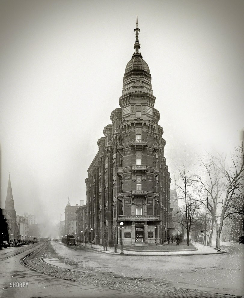 The Portland: 1917