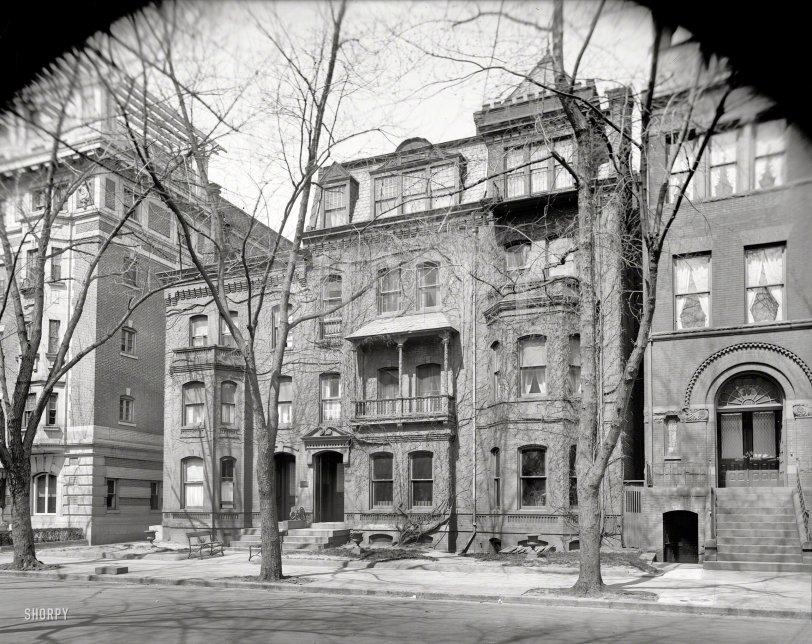 Milton Apartments: 1920