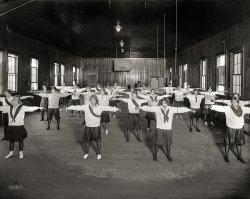Dumbbelles: 1928