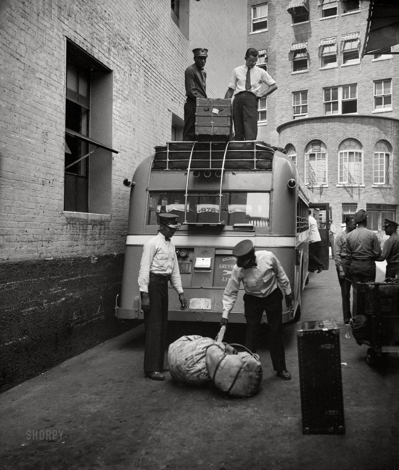 Luggage Lugged: 1936