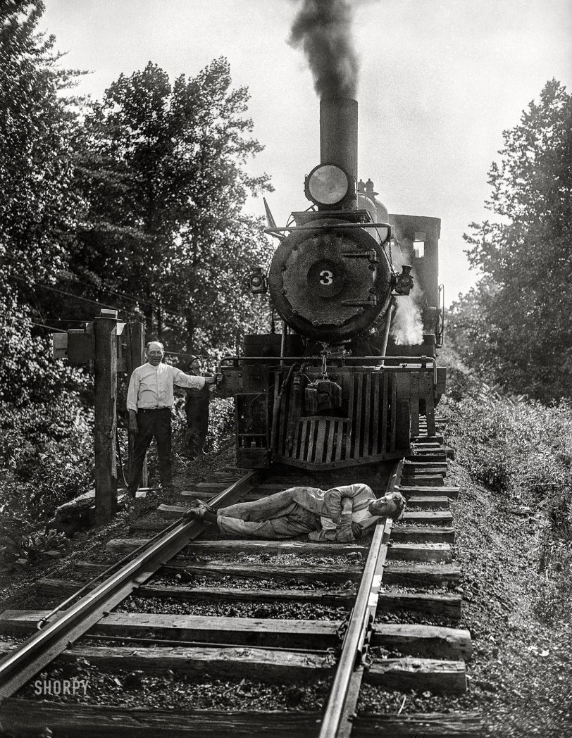 Dude on the Tracks: 1926