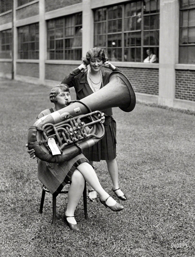 Music Tooter: 1928