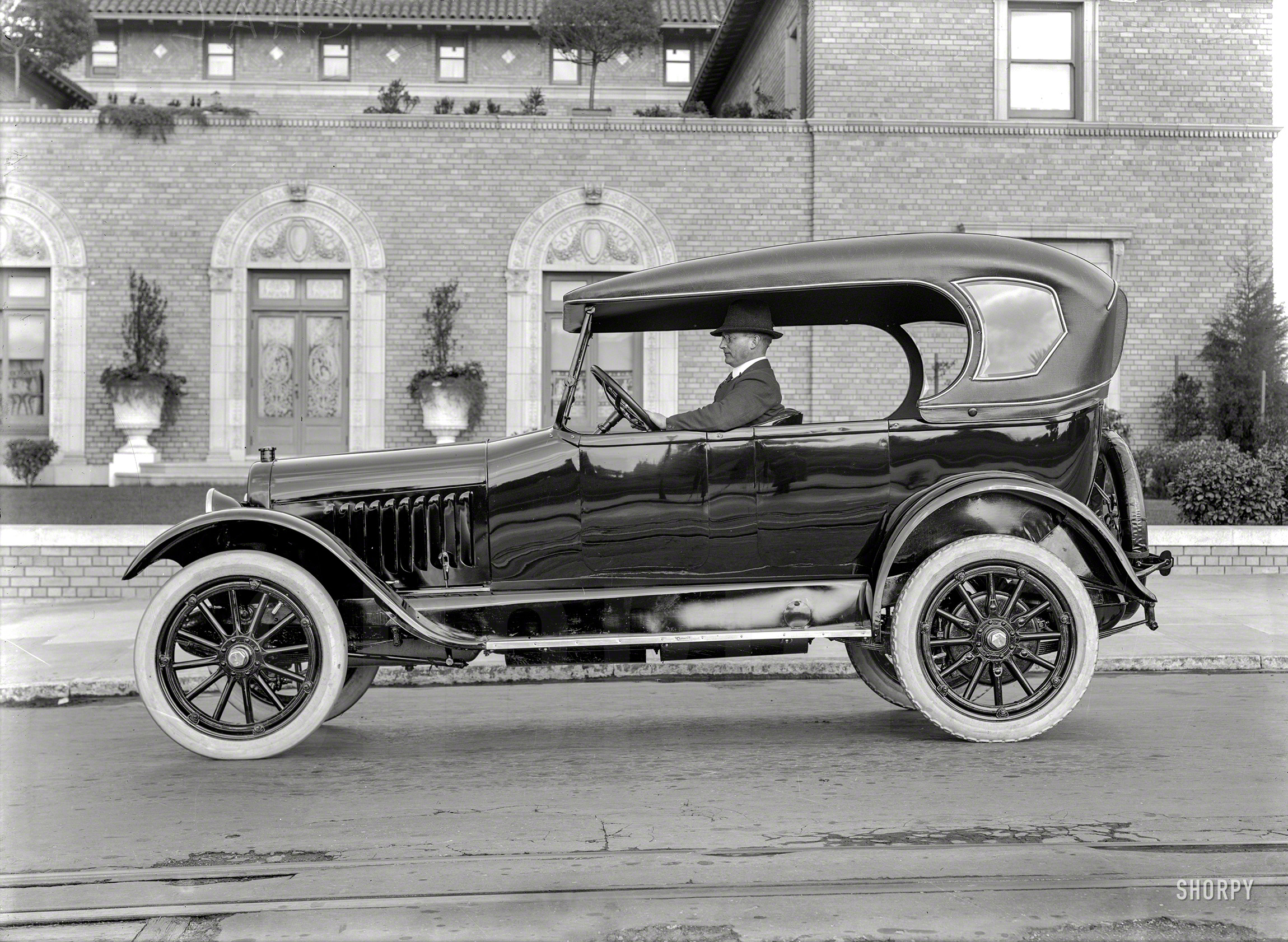 Shorpy Historic Picture Archive :: Sweet Chariot: 1920 high ...