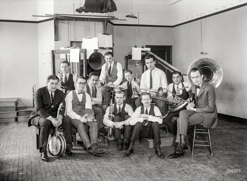 Men With a Horn: 1922