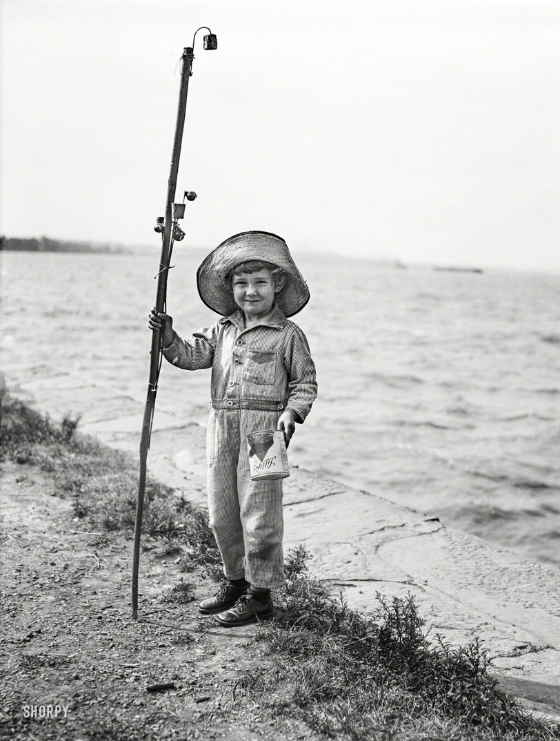 Pocket Fisherman: 1929