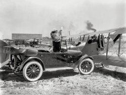 Flapper's Up: 1920