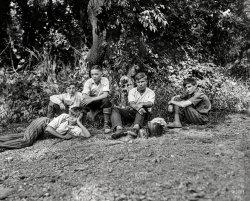 The Happy Wanderers: 1932