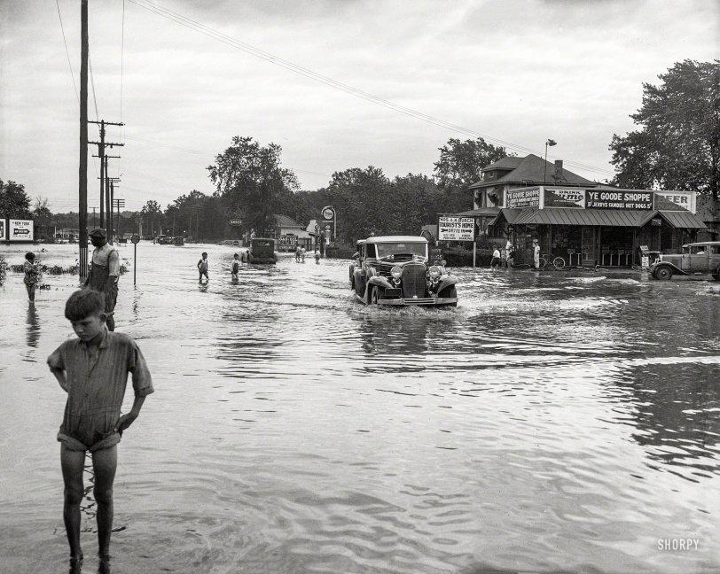 Hurricane Slams D.C.: 1933