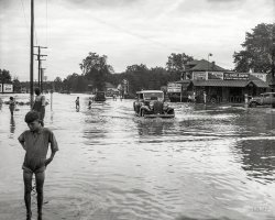 Hurricane Slams D.C.: 1933