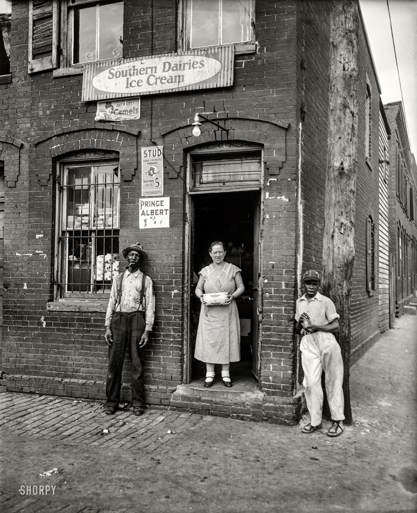 Whitebread Sandwich: 1935