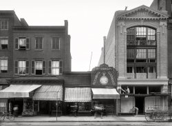 Obligatory Awnings: 1901