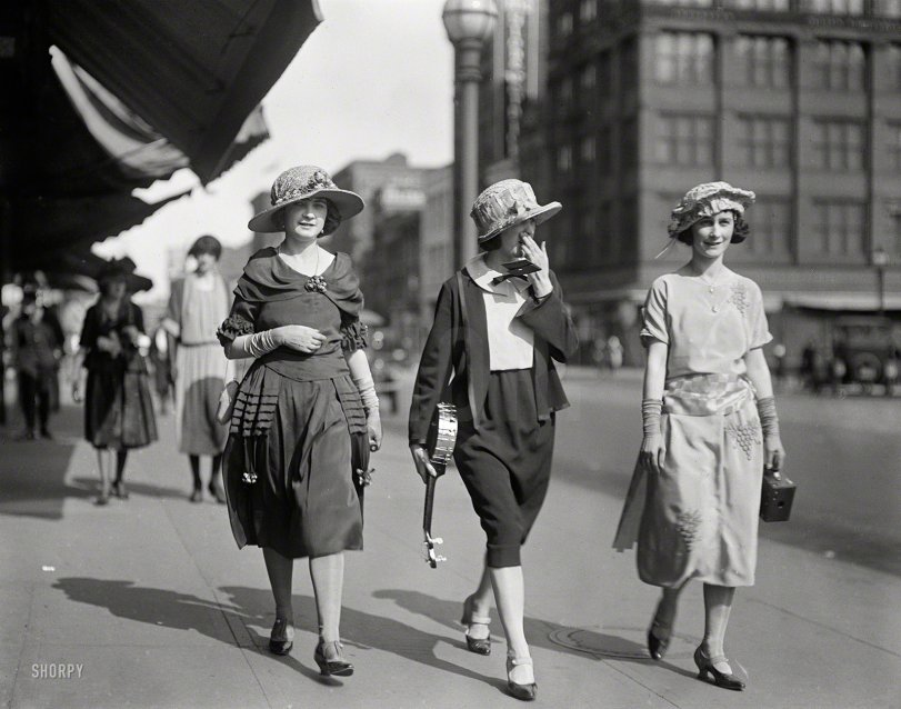 Stepping Out: 1922