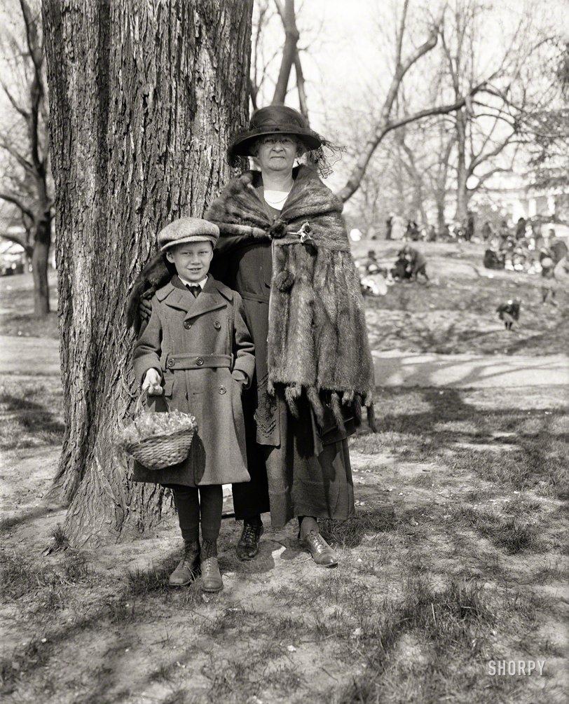 Easter Peeps: 1923
