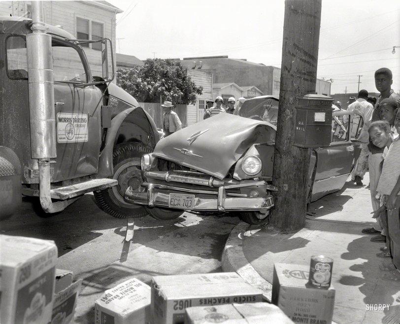 Sliced Peaches: 1958