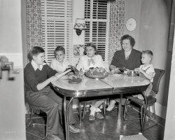 Dinette Dynasty: 1951